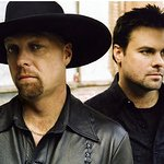 Montgomery Gentry To Headline 9th Annual Country On The Beach