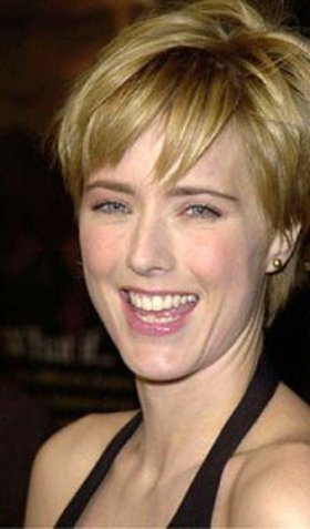 Téa Leoni nude - Pictures of every celebrity naked