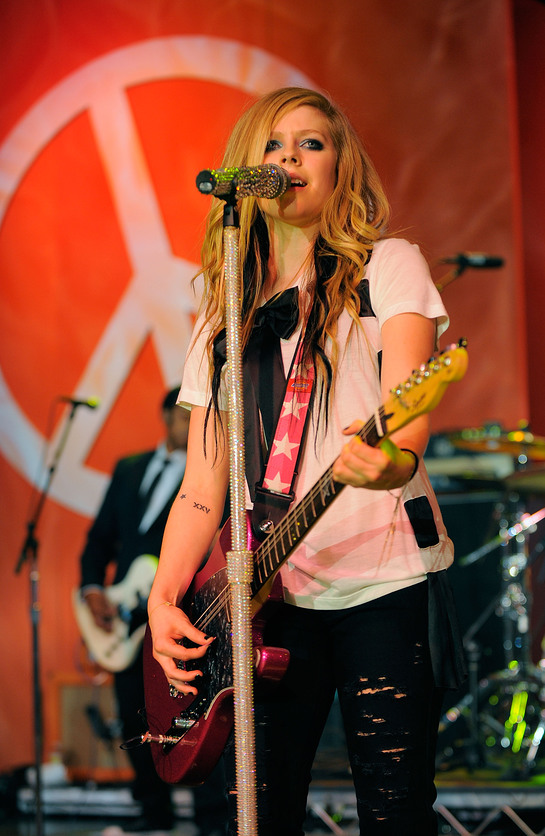 Avril Lavigne at Race to Erase MS Event