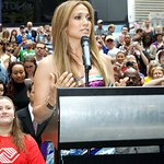 Jennifer Lopez Tells Kids To Be Great For Charity