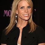 Cheryl Hines: Profile
