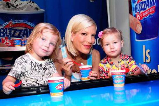 Tori Spelling at Children's Hospital LA with her kids, Liam (age 3) and Stella (age 2)
