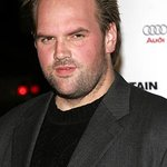 Ethan Suplee Supports Text For Tigers Charity Campaign