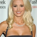 Holly Madison To Host Opportunity Village Las Vegas Great Santa Run