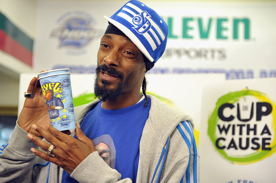 Snoop Dogg Launches Coffee Cup With a Cause