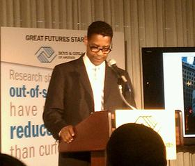 Denzel Washington at the Press Club event