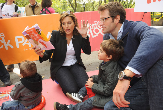 Mariska Hargitay at Jumpstart Block Party