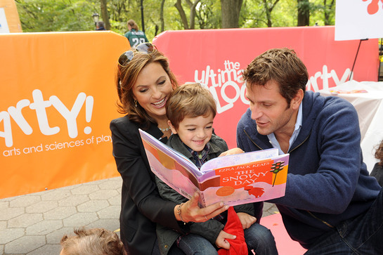 Mariska Hargitay at Read For The Record Block Party