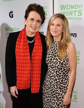 Billy Jean King and Holly Hunter