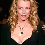 Kim Basinger Says No To Georgia Aquarium's Beluga Import Bid