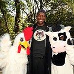 John Salley Walks For Farm Animals