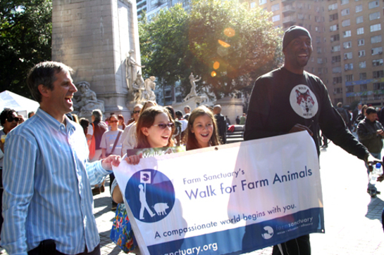 John Salley Walks For Farm Animals