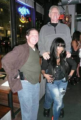 NBA all-star Bill Walton, rap superstar Lil Kim and real estate mogul Billy Procida at a bash on Sunday to raise much-needed funds for the charity Table to Table.