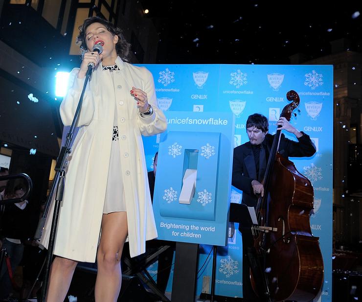 Katharine McPhee performs at UNICEF Snowflake event