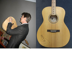 David Bowie Amnesty International Guitar