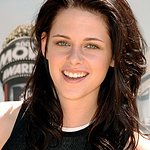 Kristen Stewart Birthday Project To Benefit Lange Foundation Animal Rescue