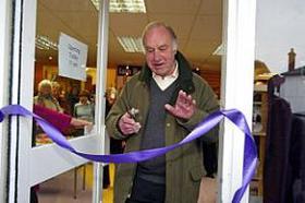Geoffrey Palmer reopens Risborough charity shop