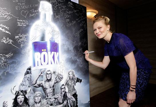 Kirsten Dunst signing ROKK photo