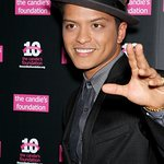 Meet Bruno Mars Backstage At Madison Square Garden