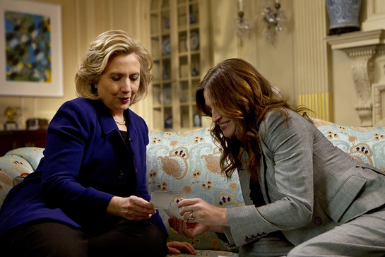 Julia Roberts and Hillary Clinton team up to tackle the clean cookstove cause