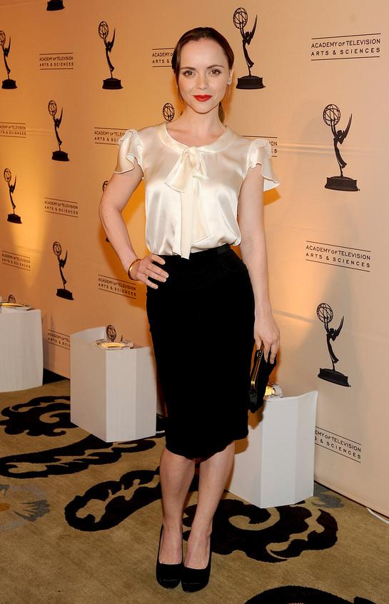 Christina Ricci (in Dolce & Gabbana)