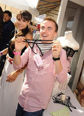 Frankie Muniz explores some interesting new clothing options