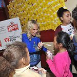 Kristin Chenoweth Kicks Off Frosty Weekend For Charity