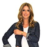 Nicky Hilton And Celebrity Friends Wear BFF Bracelets For The Troops