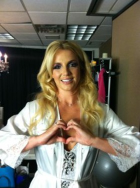 Britney Spears Show Your Hearts