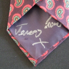 Photo: Jeremy Irons Tie 2