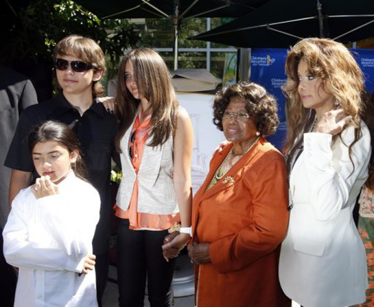 The Jackson at Children's Hospital LA event to donate artworks by Michael Jackson