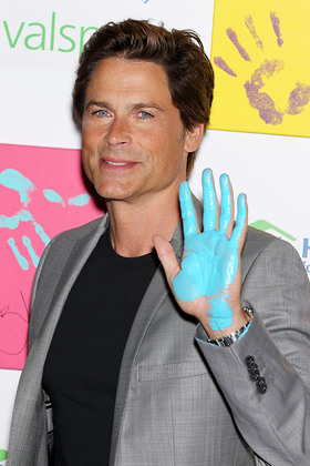 Rob Lowe Hands For Habitat