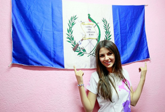 Victoria Justice with UN Foundation