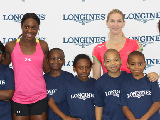 Sloane Stephens, Stefanie Graf and children from Harlem Junior Educational Center At Longines Center Court for Kids