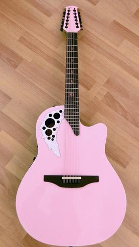 Melissa Etheridge Pink Guitar