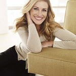 Julia Roberts Supports Lancome Genes Day