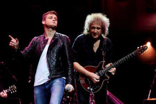 Queen's Brian May performs with Keane's frontman Tom Chaplin
