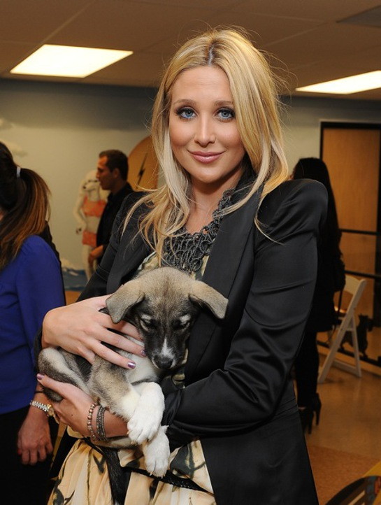 Stephanie Pratt at K9s Only Event