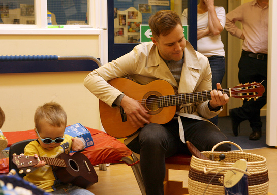 Olly Murs Sings For Blind Children