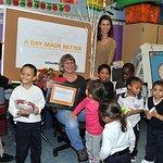 Bridget Moynahan Makes A Special Teacher's Day Better