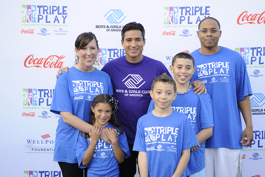 Mario Lopez and the Porter Family