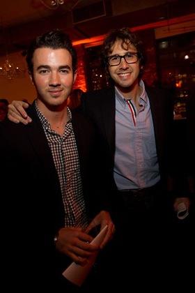 Kevin Jonas and Josh Groban