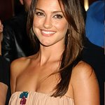 Minka Kelly Shows A Little Heart With Diet Coke