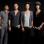 Hot Chelle Rae Will Play At Your School For Charity