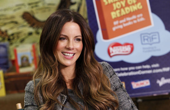 Kate Beckinsale reads for kids