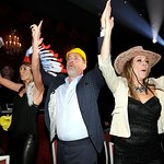 Tom Hanks Joins Heidi Klum For Celebrity Charity Karaoke