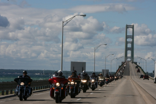 Riders cruising along the 2011 Ride route.
