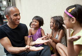 Lewis meets Jasmine, Sally and Mary Jo, (left to right) who all live with their families on the city's streets.