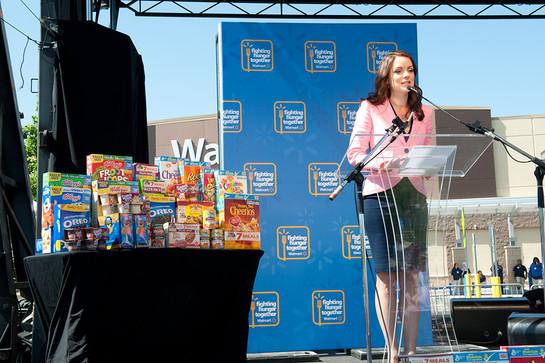 Kimberly Williams Paisley Walmart Anti-Hunger Concert