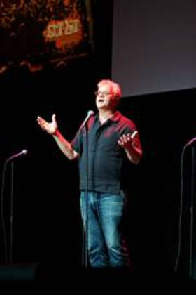 Tim Robbins Performs A Poem